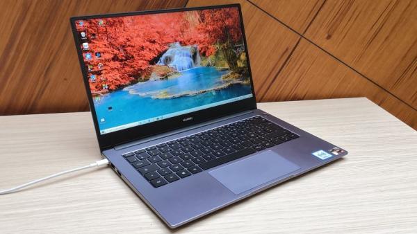 """""""هواوي"""" تطلق حاسوبها الجديد HUAWEI MateBook D14 ذو الوزن الخفيف"""
