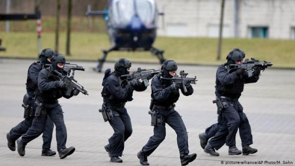 ألمانيا : توقيف ثلاثة أشخاص للاشتباه بإعدادهم لهجوم إرهابي