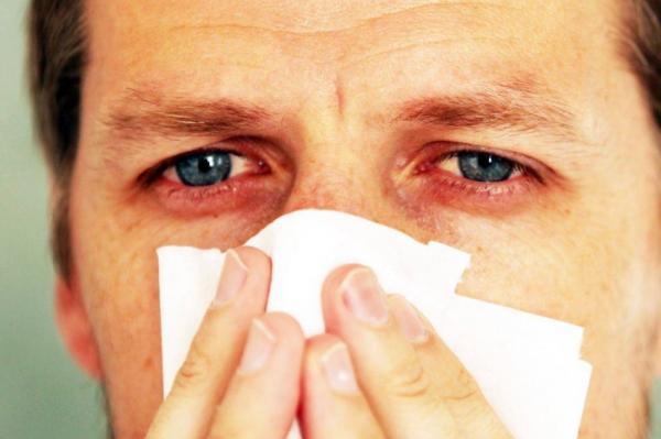 """مع بداية فصل الخريف ..""""لطفي"""" يدعو وزارة الصحة إلى توضيح الاختلاف بين أعراض الانفلونزا الموسمية وفيروس """"كورونا"""""""