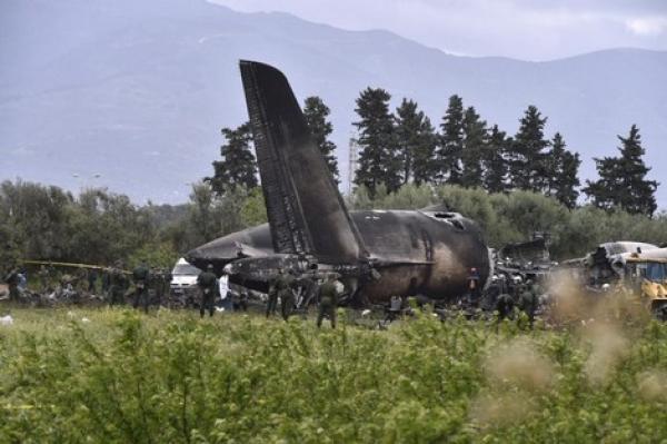 """الجزائر تعترف بدعم """"البوليساريو"""" وتتهم الإعلام المغربي بالتهويل بعد تحطم الطائرة العسكرية"""