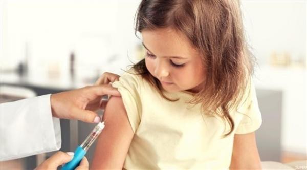 التطعيم خلال الطفولة يساعد على الوقاية من الإصابة الحادة بكورونا