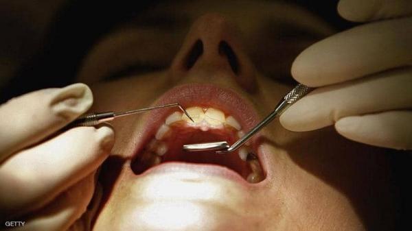 ردوا بالكم: دراسة حديثة تكشف ما يفعله إهمال صحة الفم بدماغ الإنسان