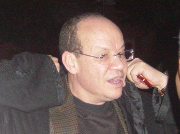 مستشار الملك فؤاد عالي الهمة يُنقل إلى المستشفى