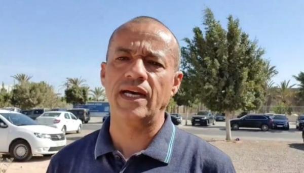 """اعتداء خطير بـ""""الماء القاطع"""" على الفاعل الفايسبوكي محمد رضا الطاوجني بأكادير (فيديو)"""