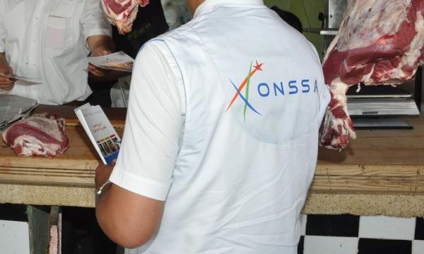 """""""أونسا"""": حجز وإتلاف 143 طن من المواد الغذائية الفاسدة خلال العشرة أيام الأولى من رمضان"""