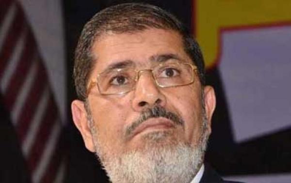 النيابة العامة المصرية تكشف ماذا حصل قبل وفاة محمد مرسي خلال محاكمته