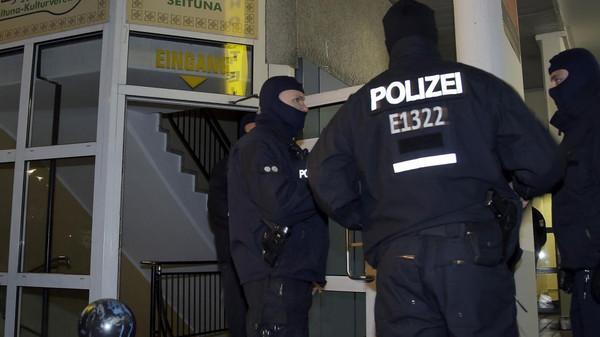 """إخلاء مقر حزب """"اليسار"""" في برلين عقب تهديد بتفجير قنبلة"""