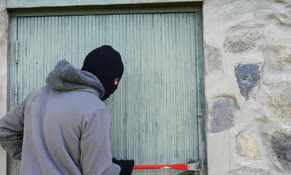 """احذروا: عصابات تستغل الكمامات في """"الكريساج"""" ... التفاصيل"""