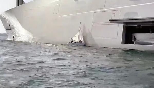 بالفيديو..قارب شراعى يتسبب في خدش يخت ملياردير روسى قيمته 500 مليون دولار