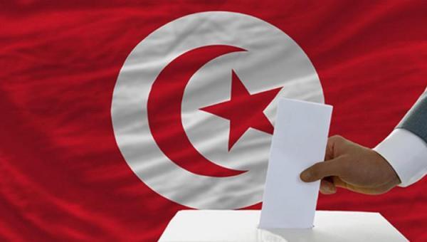 منع ثلاث قنوات إعلامية شهيرة من تغطية الانتخابات التونسية