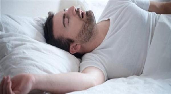 طرق بسيطة للتخلص من الشخير أثناء النوم