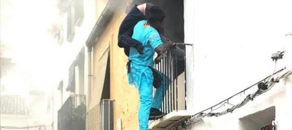 مغربي مجهول الهوية يقوم بعمل بطولي ويُخرج إسبانيا من وسط النيران