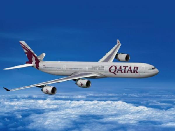 """برشلونة يحمل شعار """"الخطوط الجوية القطرية"""""""