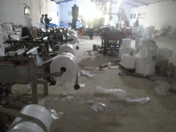 تفكيك ورشة سرية لتصنيع الأكياس البلاستيكية الممنوعة بإقليم بنسليمان
