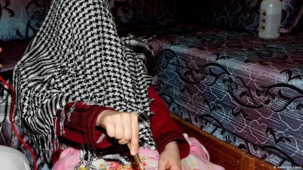 """على شاكلة """"راقي بركان"""": شكاية تقود أمن الرباط إلى اعتقال ستيني وابنه والقضية فيها الشعوذة والاغتصاب وتصوير الضحايا"""