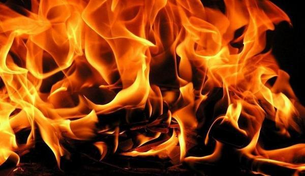 فاجعة بسيدي سليمان...شخص يضرم النار بدم بارد في جسد ابنته القاصر