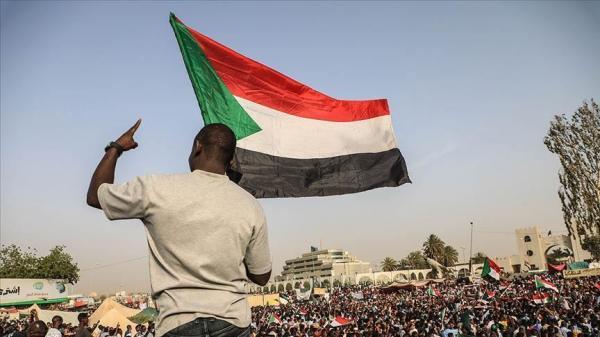 بعد أشهر من الثورة ... السودانيون يتنفسون الصعداء بحكومة انتقالية مدنية