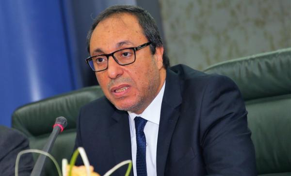 """الوزير """"عبد القادر اعمارة"""" يعلن تعافيه من فيروس """"كورونا"""" (صورة)"""