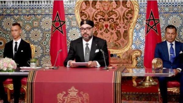"""هل يفعلها الملك """"محمد السادس"""" ويعلن """"حالة الاستثناء"""" الليلة خلال خطاب العرش؟"""