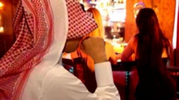 """في تطور مثير...عائلة """"الكويتي"""" تتابع والدي الفتاة القاصر المغربية"""