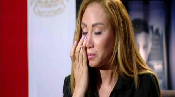 """أول صورة للإعلامية الشهيرة """"ريهام سعيد"""" بعد إصابتها بمرض خطير"""