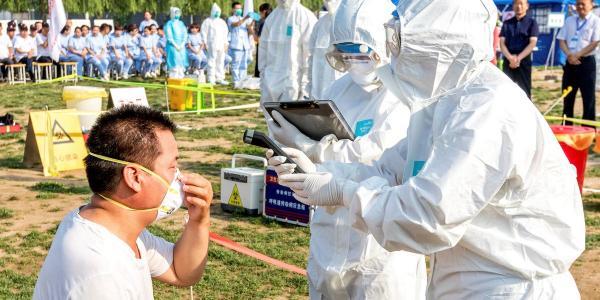الصين تطالب الأشخاص الذين زاروا ووهان بالبقاء في منازلهم 14 يوما للملاحظة الطبية