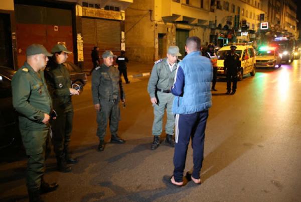 أمن الدار البيضاء يضرب بيد من حديد ويعتقل أشخاصا خرقوا حالة الطوارئ الصحية واعتدوا على ممثلي السلطات العمومية