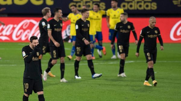 قادش يظفر بفوز تاريخي أمام برشلونة