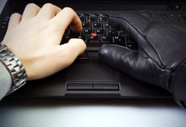 سرعة الكتابة على لوحة المفاتيح قد تكشف داء لا دواء له!