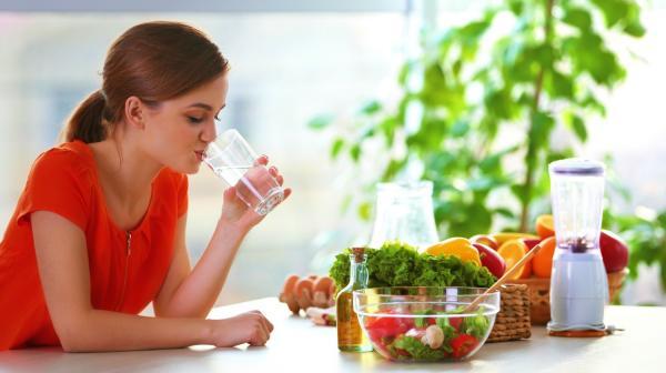 تناوليها يوميا.. 8 أطعمة تنعشك وترطب جسمك في عز الحر