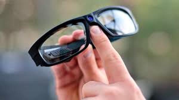 9e2908f40 كاميرات على شكل مسامير و صدفات قمصان و نظارات تهدد الحياة الخاصة للمغاربة