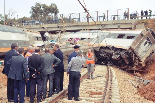 """بعد فاجعة بوقنادل .. بلاغ """"ONCF """" بخصوص موعد عودة حركة القطارات بين القنيطرة وسلا الى طبيعتها"""