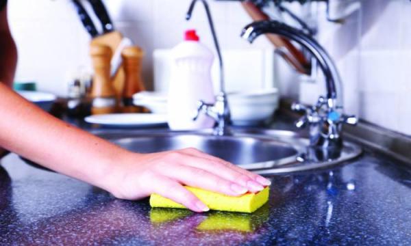 انتبهي..خطر حقيقي يتواجد بمطبخك