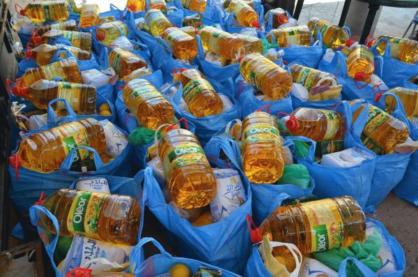 هذا ما نحتاجه الآن...شركات مغربية تتبرع بملايين المنتجات الغذائية لفائدة الأسر المتضررة من تفشي وباء كورونا