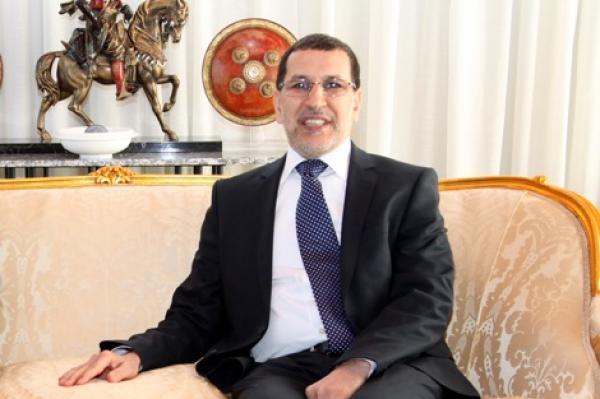 """العثماني يدافع عن حقه في """"الإبتسامة"""""""