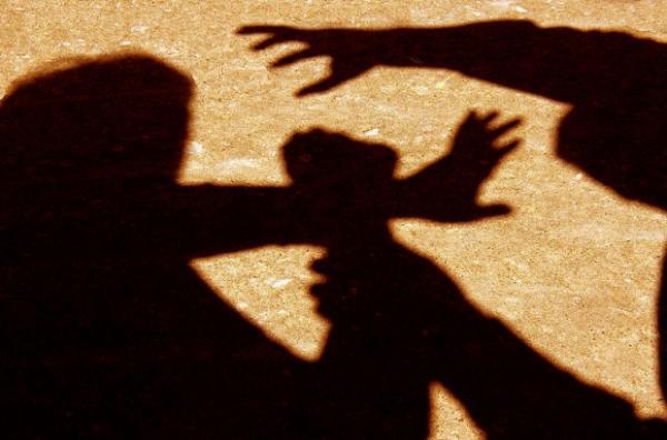 اختطاف واغتصاب فتاتين بشاطئ ضواحي أكادير من طرف 5 أشخاص .. تفاصيل خطيرة