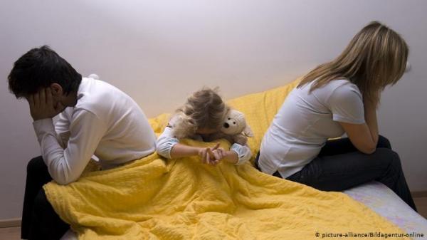 انفصال الوالدين ـ نصائح للتخفيف من شعور الأبناء بانهيار عالمهم