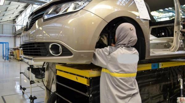 """بحضور الوزير """"العلمي""""...""""رونو المغرب"""" تكشف عن  السيارتين الجديدتين المصنوعتين بطنجة"""