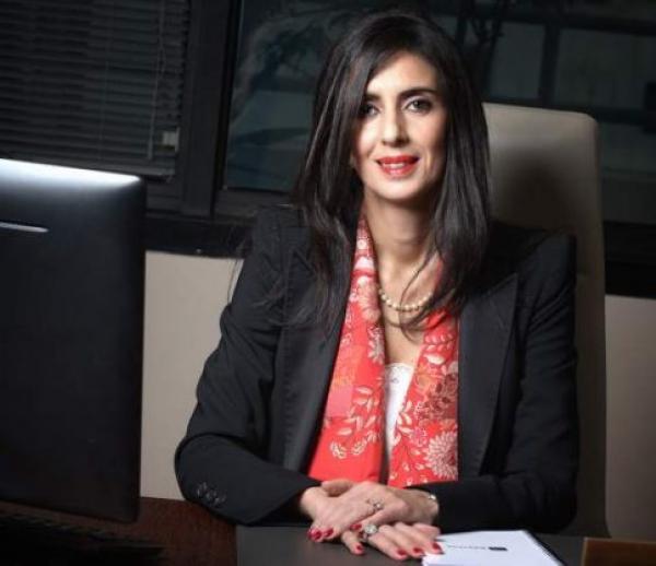 """الوزيرة المفاجأة في حكومة """"العثماني""""...خبيرة تأمين براتب شهري يفوق 30 مليون سنتيم"""