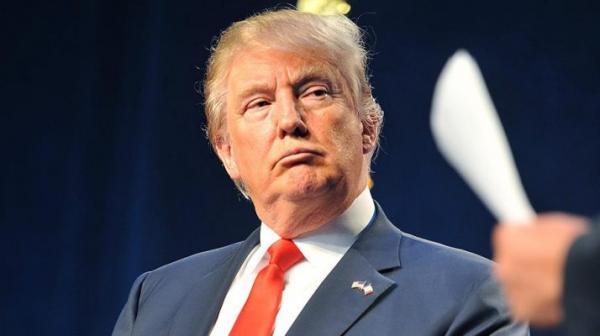 اللجنة القضائية بمجلس النواب تقر التهمتين الموجهتين للرئيس ترامب