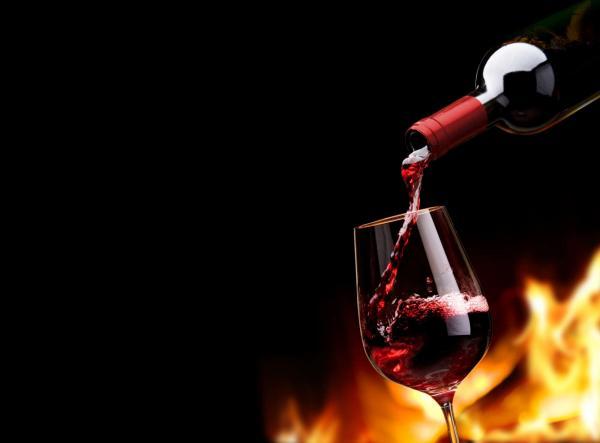 نبوءته صلى الله عليه وسلم عن ظهور ناس يشربون الخمر بغير اسمها