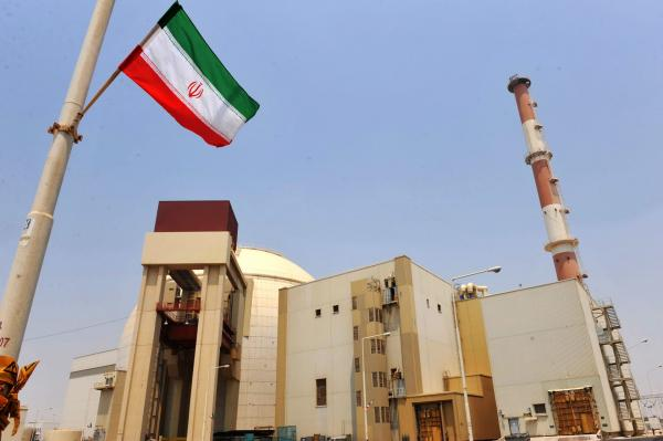 """العالم ينجو من كارثة حقيقية بعد تعرض منشأة نووية إيرانية لهجوم """"إرهابي"""""""