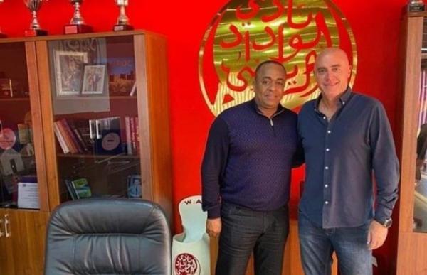 "بعد انفصاله عن ""زوران""..الوداد يقدم رسميا ميغيل غاموندي"