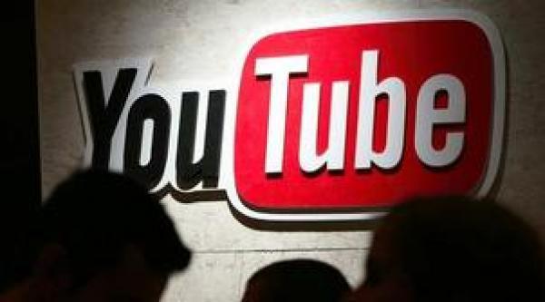 """خطير ..شباب ينقلون """"روتينيات"""" نساء اليوتيوب إلى المواقع الإباحية"""