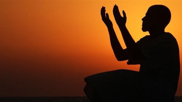 ما هي الصلاة المُنجية عند حدوث الشدائد.. وما حكمها؟