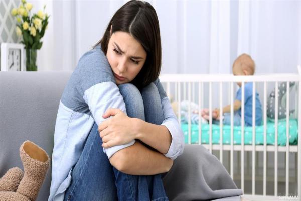 ماذا تعرفين عن اكتئاب ما بعد الولادة؟