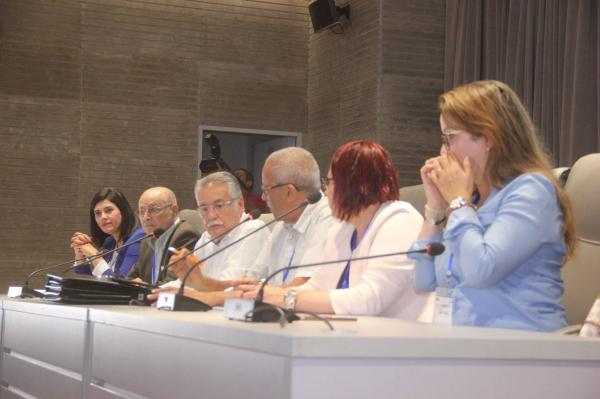 """حزب """"التقدم والاشتراكية"""" يعتذر للمغاربة وهذا ما قرره بشأن أحداث يوم الجمعة"""