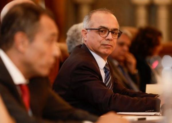 اللجنة الخاصة بالنموذج التنموي تعقد جلسة استماع لممثلي سبعة أحزاب