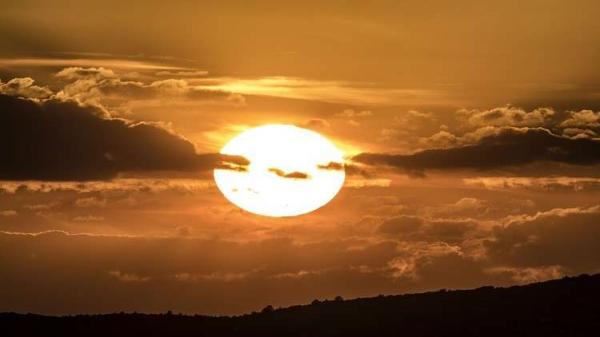 """خطة علمية غريبة لـ """"إطفاء الشمس"""""""