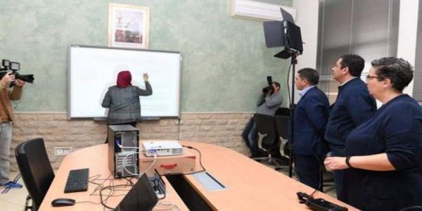 قمة العبث...مفتشون تربويون يطالبون الأساتذة بتسجيل غياب التلاميذ (عن بعد) وملء شبكة بالأنشطة المنجزة